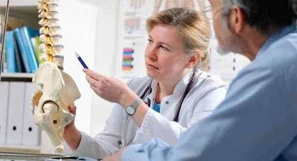 Chiropractor at Queen Anne Chiropractic